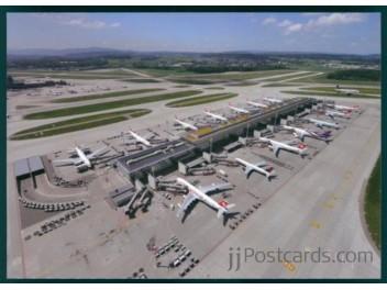Zurich: Swiss, Delta 767, Thai A340