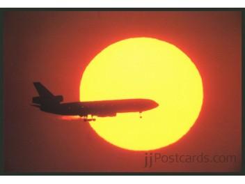 JAL, DC-10