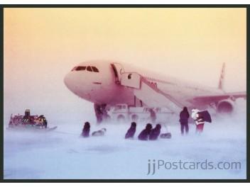 Iqaluit: Airbus Industries, A340